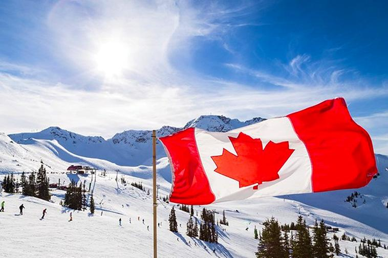 Can You Go Skiing in Canada All Year Round?